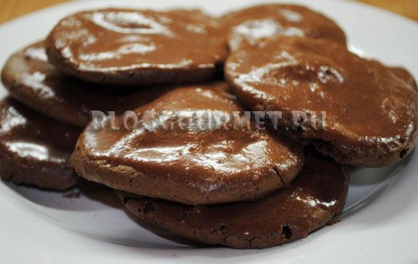 Печенье с шоколадной глазурью