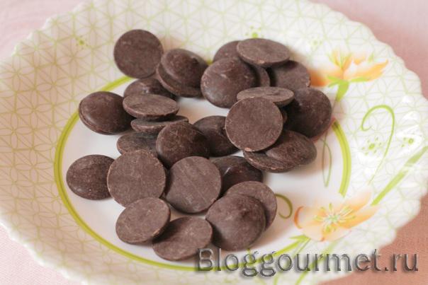 Шоколадные яйца со сливочным кремом