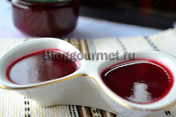 Кисло-сладкий соус из алычи
