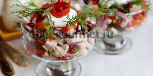 Рецепт праздничного салата с гранатом и курицей