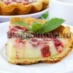 Рецепты из земляники: тарталетки со сметаной заливкой