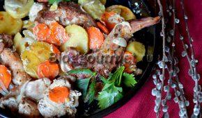 Миниатюра к статье Кролик с картошкой и сметаной в духовке