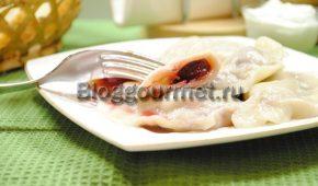 Миниатюра к статье Пошаговый рецепт вареников с вишней