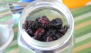 Миниатюра к статье Вяленая вишня: рецепт с фото в домашних условиях